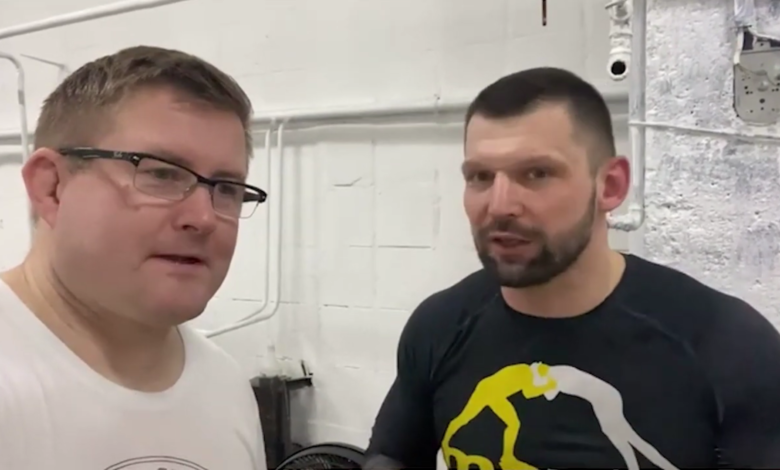"""Szymon Kołecki chwali zawodnika FAME MMA Amadeusz Ferrariego: """"Prędzej podda go siostra przeciwnika, niż sam przeciwnik"""""""