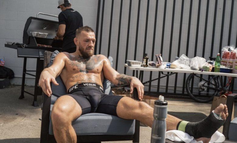 """McGregor publikuje dowody na to, że był kontuzjowany przed walką: """"Nie wytrzymalibyście nawet 13 sekund w moim świecie"""""""
